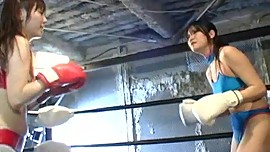 Japanese Girl Boxing (PMID-111, p4)