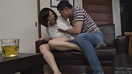 Horny Housewife Gets Fucked and She Liked It [HDJAV - Censored]