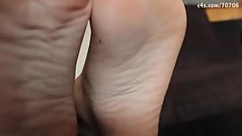 Anais Jolie sexy feet