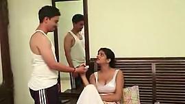House wife seduces servant